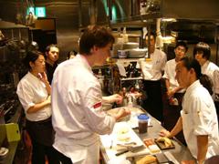 2010.8.19フォアグラセミナースタッフ.JPG
